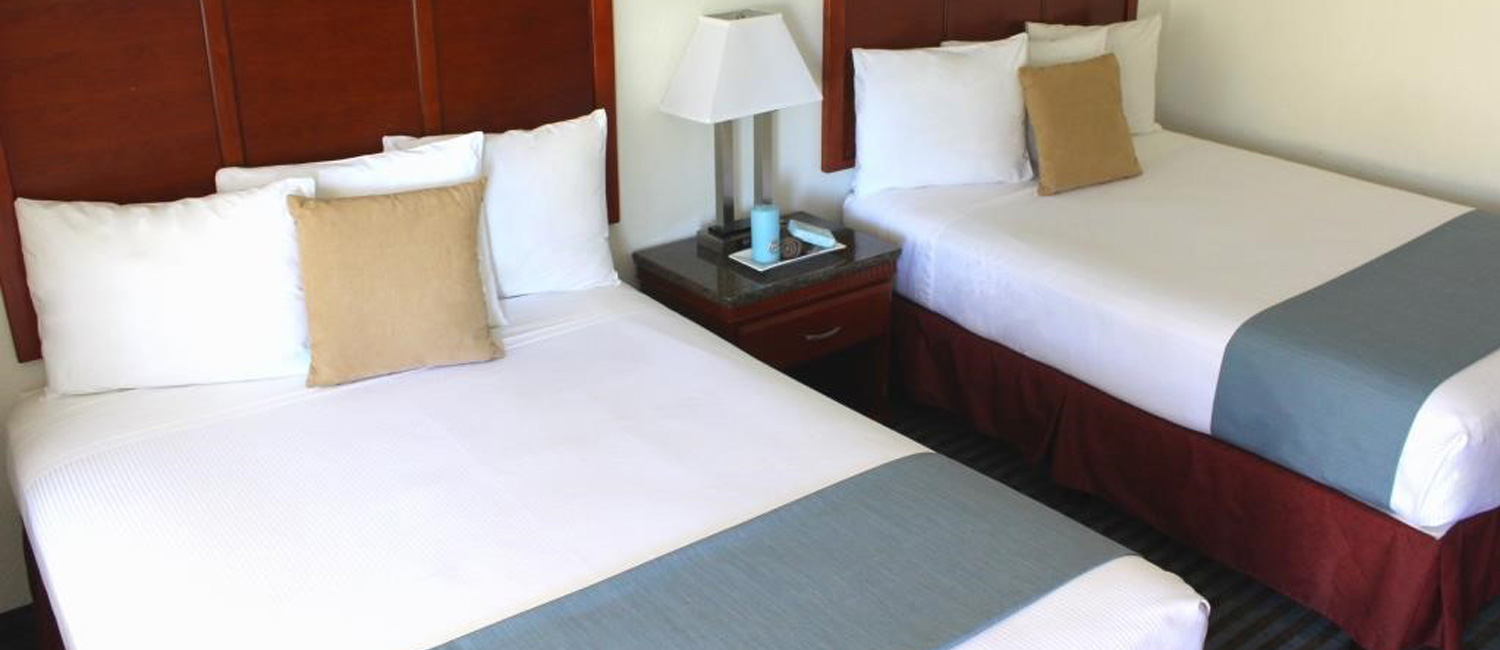 Pacific Inn Hotel and Suites Guest Rooms